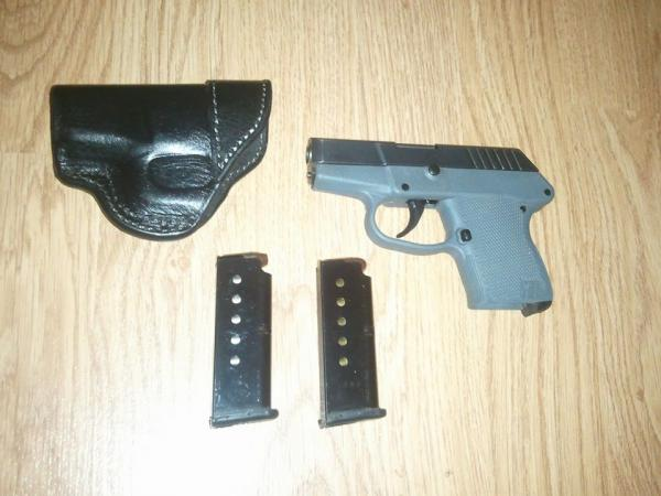 keltec-p3at-380-holster-and-2-6-round-mags-240.jpg
