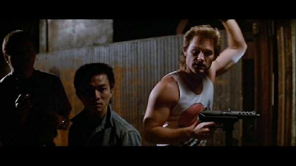 kurt-russel-with-kg9-select-fire-in-big-trouble-in-little-china-237.jpg
